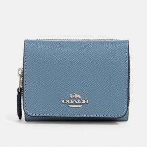 ✨NEW✨COACH | Blue Leather Trifold Wallet NWT